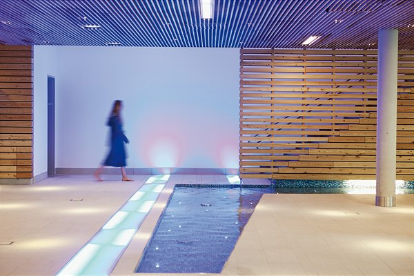 Therme Wien Bachlauf