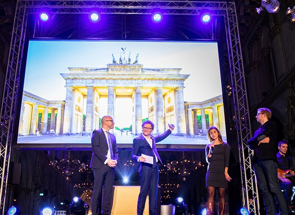 Innovation in Politics Institute <br>Award Gala findet dieses Jahr <br>in Berlin statt