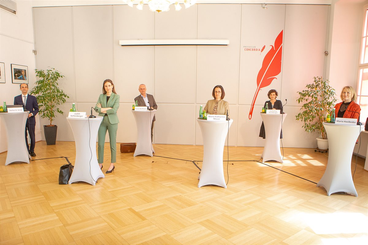Pressekonferenz Geordnete Rettung der Initiative Courage